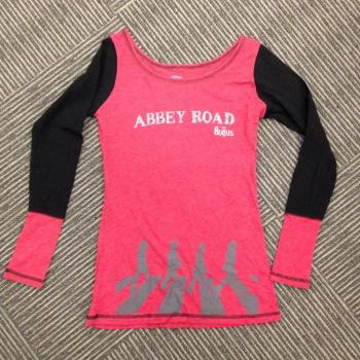 Picture of Beatles Jr's T-Shirt: Embellished Abbey Road Raglan
