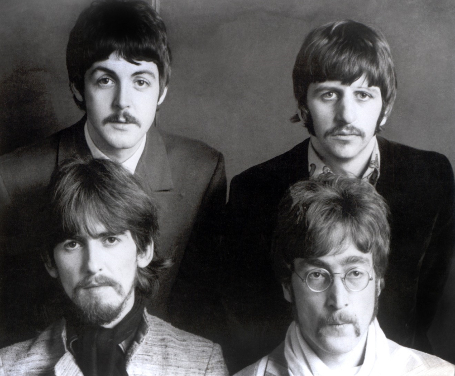 The Beatles - A Day in The Life: June 8, 1967
