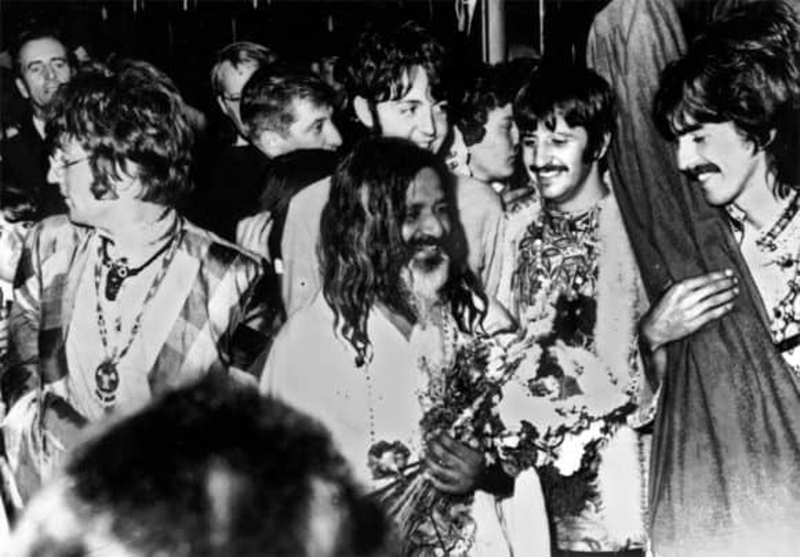 The Beatles - A Day in The Life: August 25, 1967