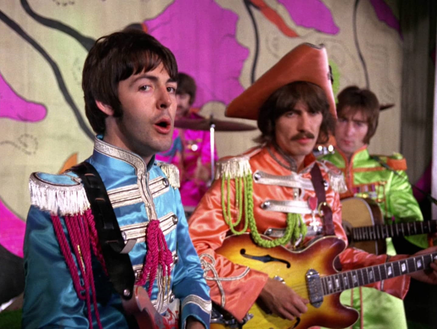 The Beatles - A Day in The Life: December 4, 1967