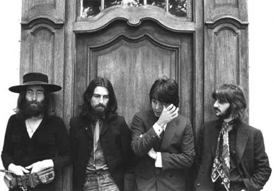 The Beatles - A Day in The Life: January 1, 1969