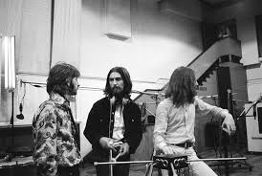 The Beatles - A Day in The Life: October 6, 1969