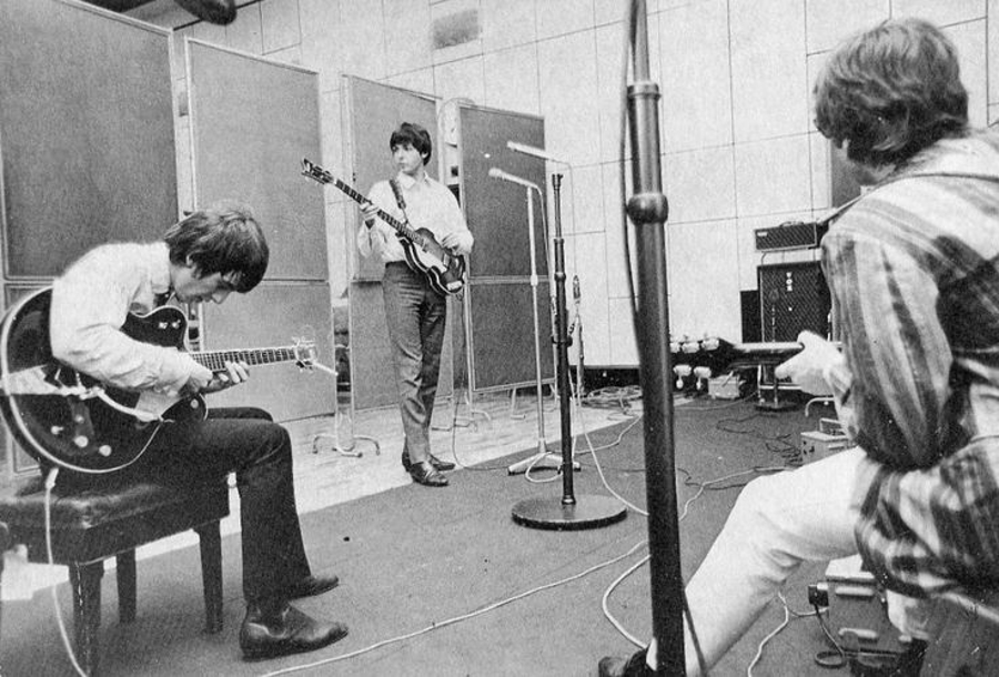 The Beatles - A Day in The Life: May 16, 1970